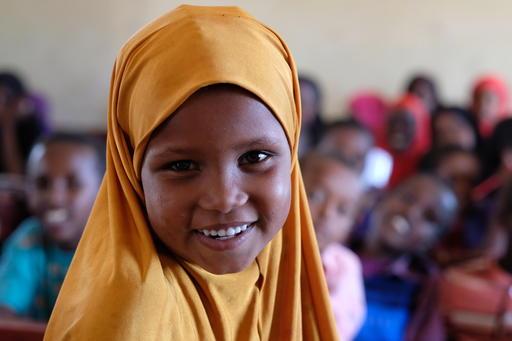 Nura går i en UNICEF skole i Somalia